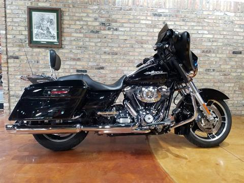 2013 Harley-Davidson Street Glide® in Big Bend, Wisconsin - Photo 57