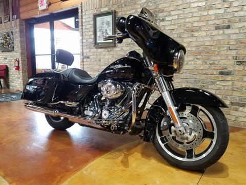 2013 Harley-Davidson Street Glide® in Big Bend, Wisconsin - Photo 2