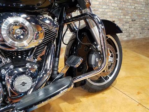 2013 Harley-Davidson Street Glide® in Big Bend, Wisconsin - Photo 11