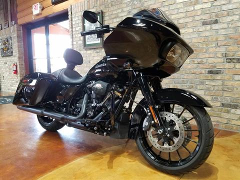2018 Harley-Davidson Road Glide® Special in Big Bend, Wisconsin - Photo 2