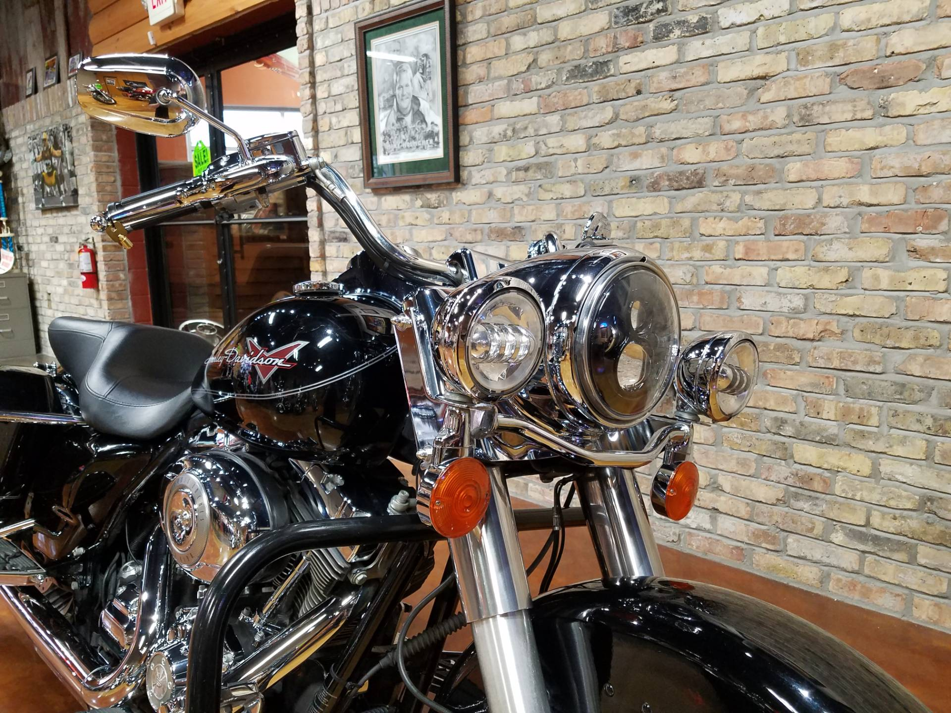 2011 Harley-Davidson Road King® in Big Bend, Wisconsin - Photo 19
