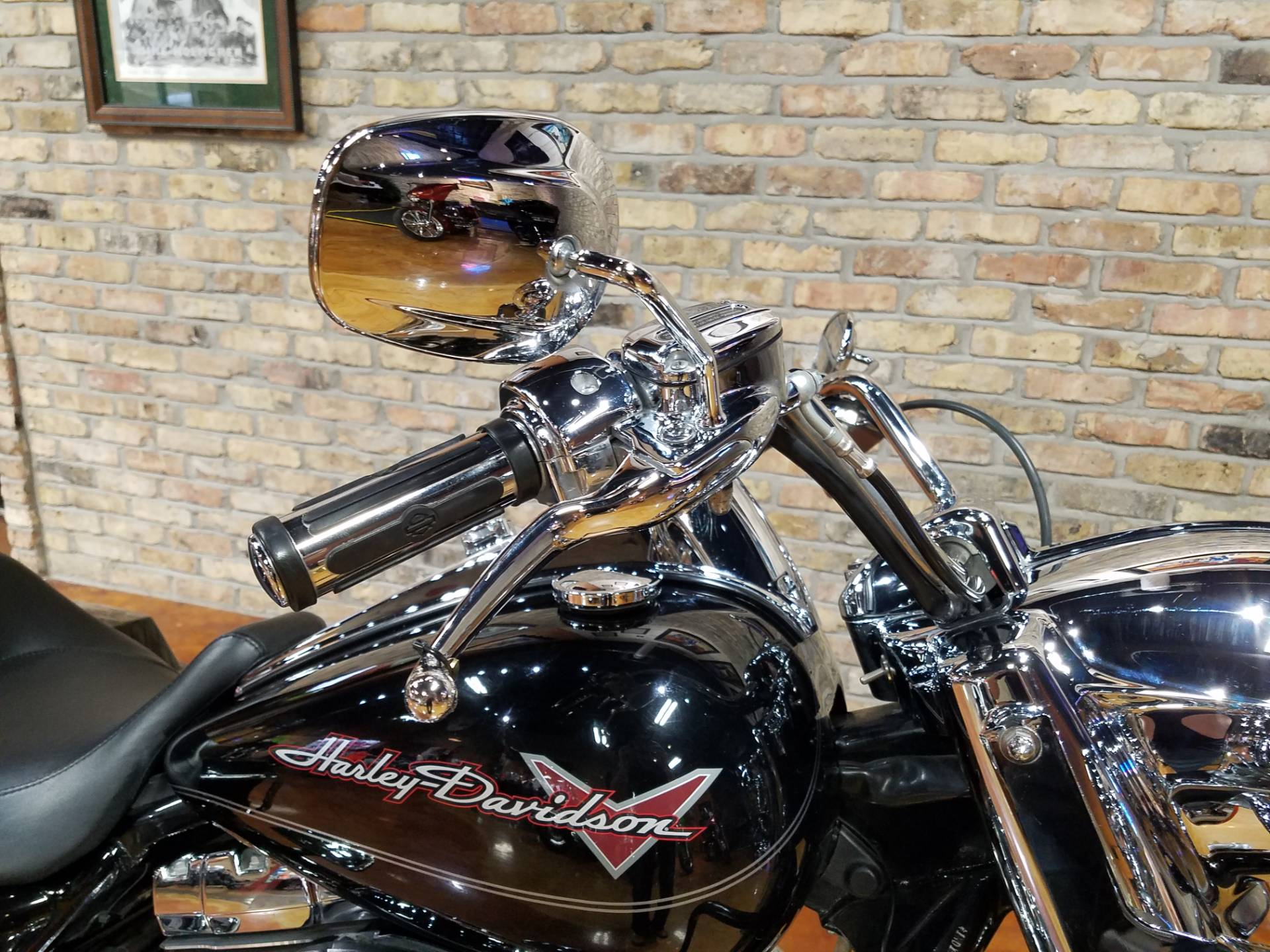 2011 Harley-Davidson Road King® in Big Bend, Wisconsin - Photo 23
