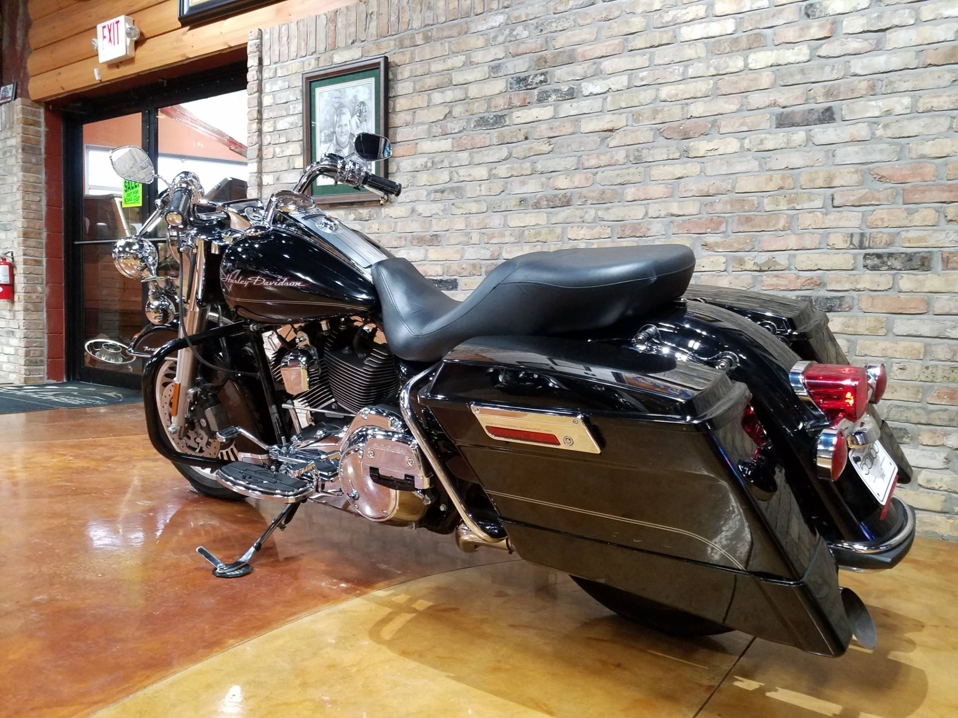2011 Harley-Davidson Road King® in Big Bend, Wisconsin - Photo 32