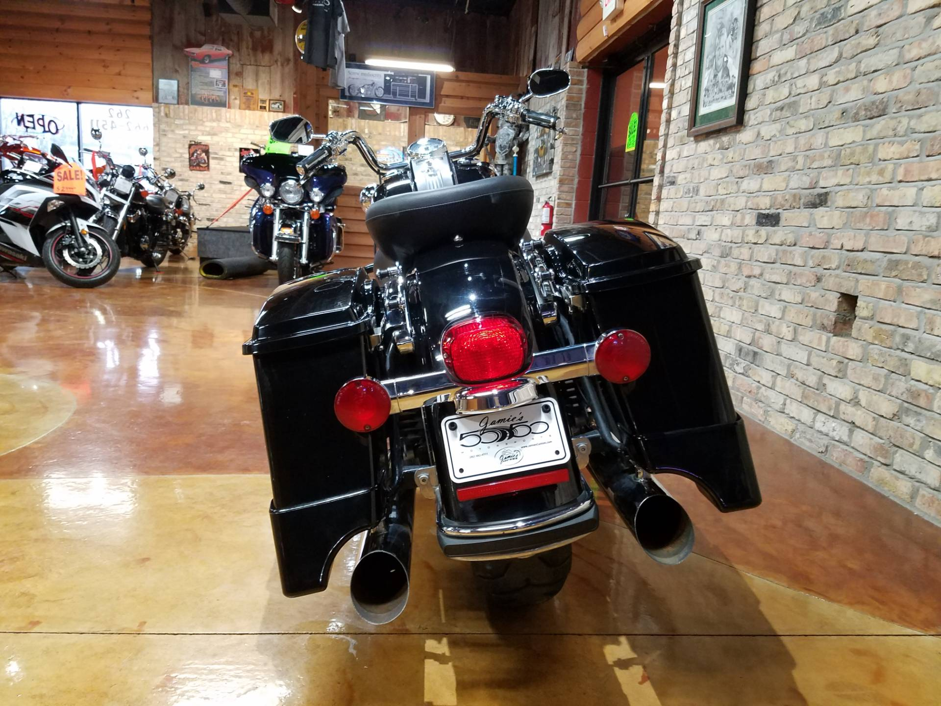 2011 Harley-Davidson Road King® in Big Bend, Wisconsin - Photo 52