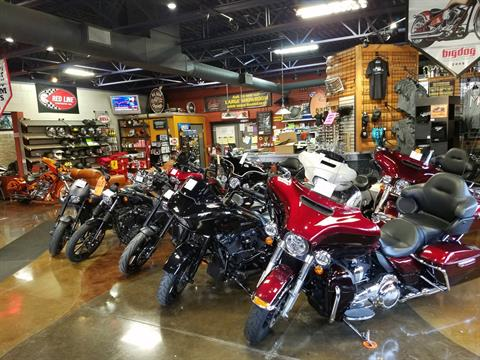 2011 Harley-Davidson Road King® in Big Bend, Wisconsin - Photo 65