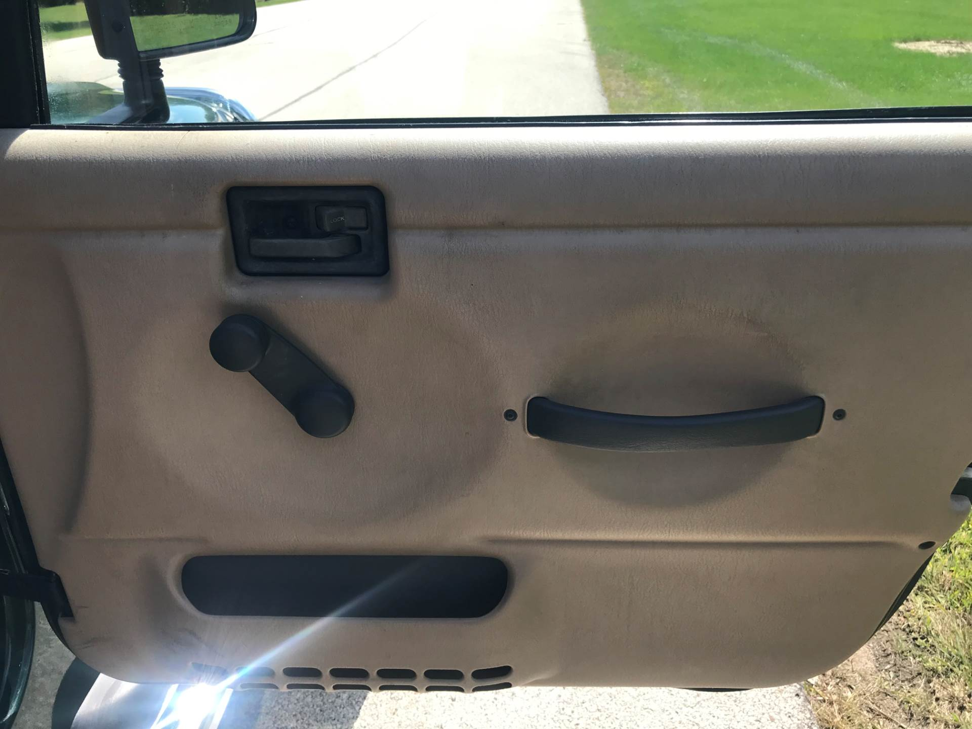 1999 Jeep Wrangler Sport 2dr 4WD SUV in Big Bend, Wisconsin - Photo 97