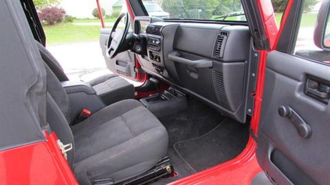 2005 Jeep WRANGLER UNLIMITED in Big Bend, Wisconsin - Photo 20