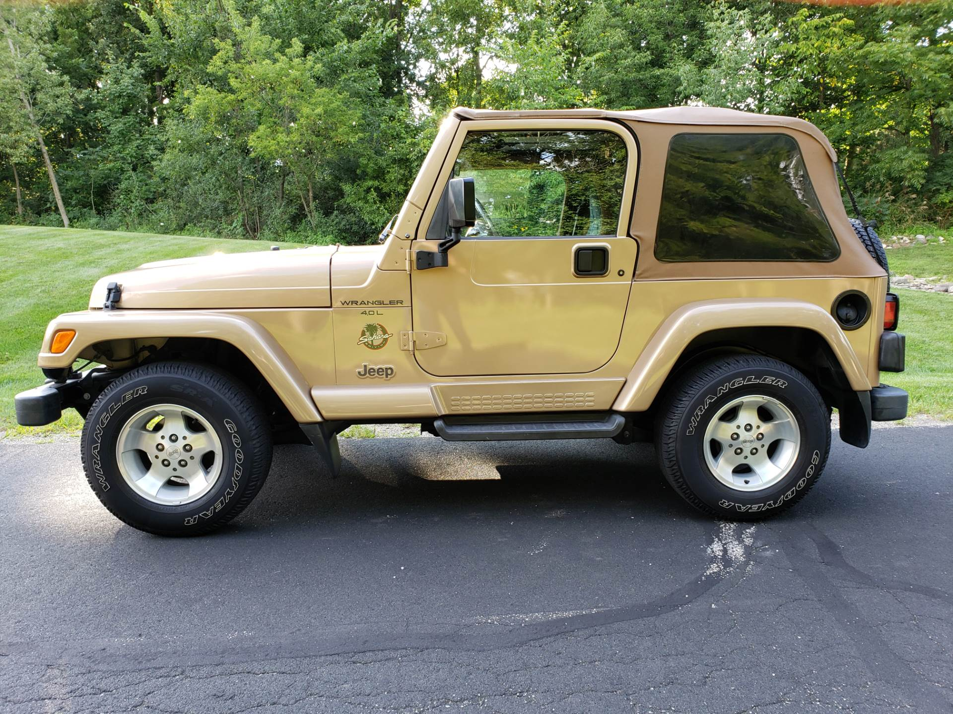 1999 Jeep Wrangler Sahara 2dr 4WD SUV in Big Bend, Wisconsin - Photo 41