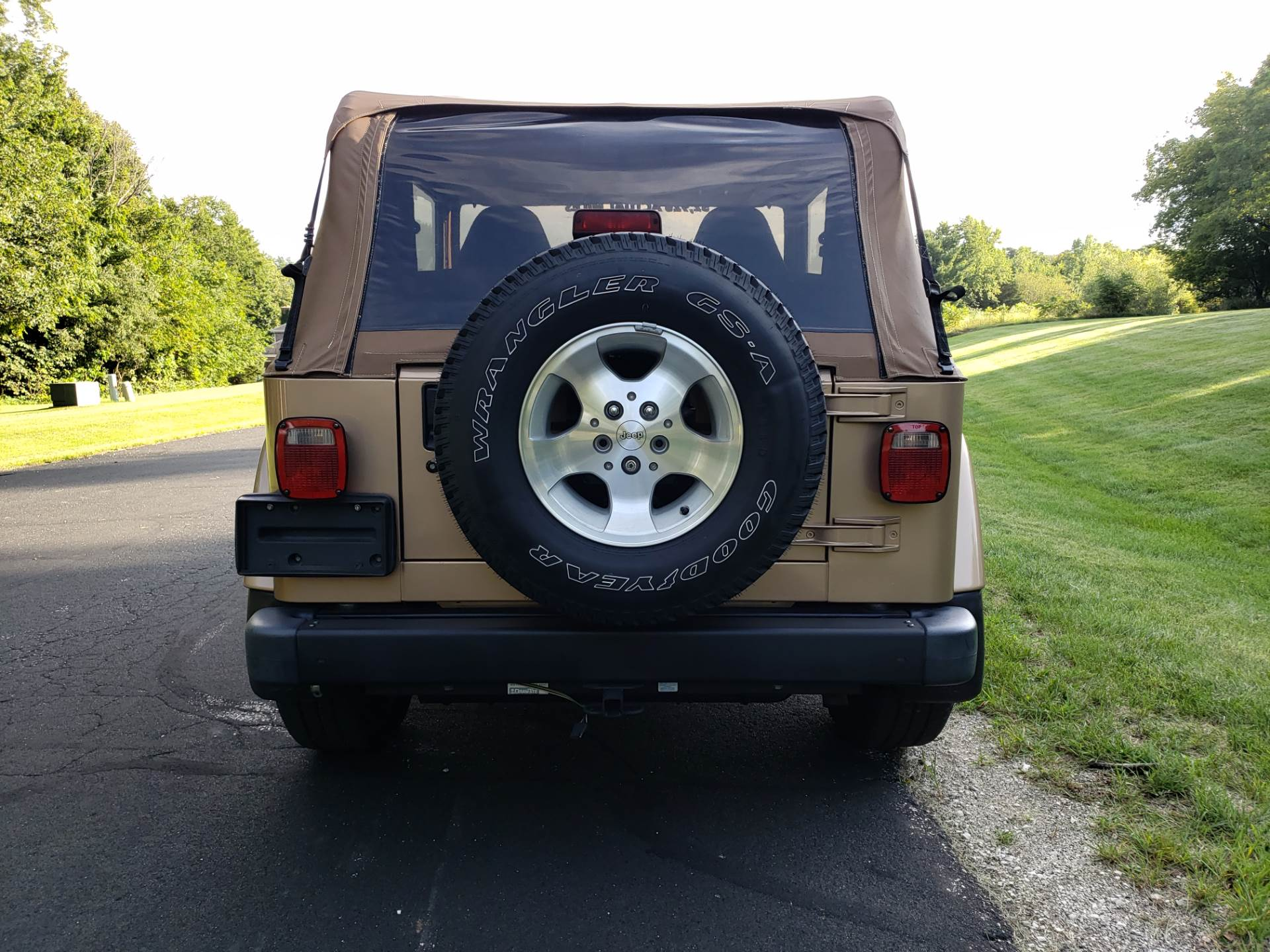 1999 Jeep Wrangler Sahara 2dr 4WD SUV in Big Bend, Wisconsin - Photo 5