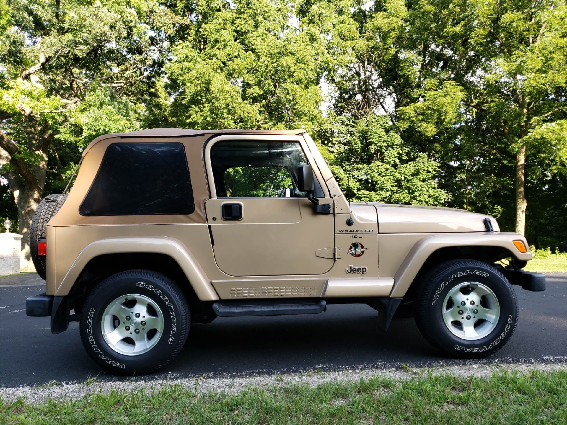1999 Jeep Wrangler Sahara 2dr 4WD SUV in Big Bend, Wisconsin - Photo 110