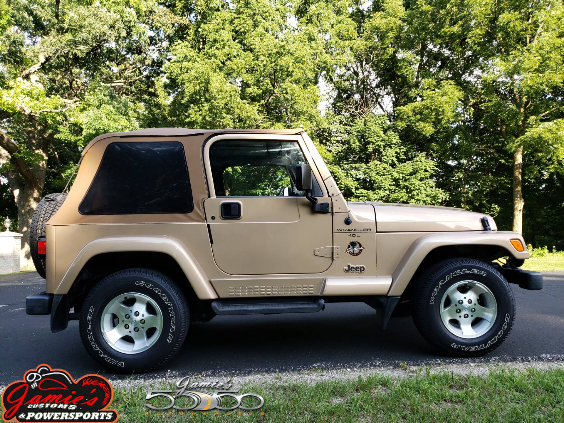 1999 Jeep Wrangler Sahara 2dr 4WD SUV in Big Bend, Wisconsin - Photo 1