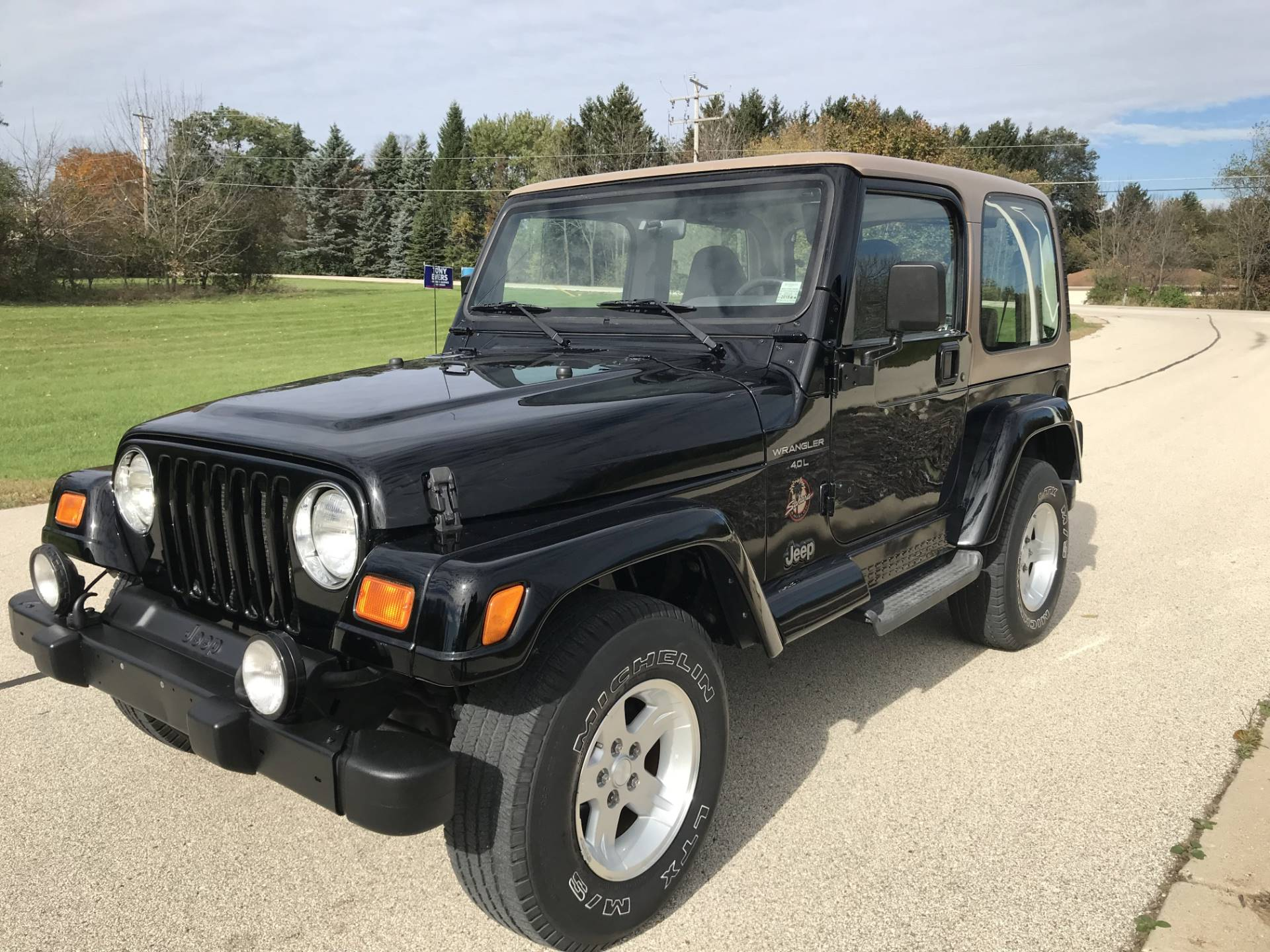 2000 Jeep Wrangler Sahara in Big Bend, Wisconsin - Photo 7