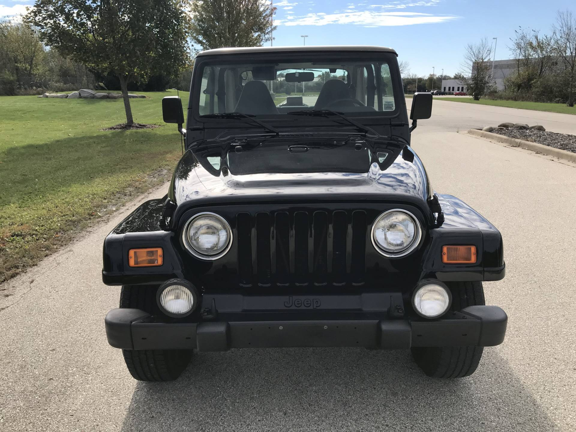 2000 Jeep Wrangler Sahara in Big Bend, Wisconsin - Photo 16