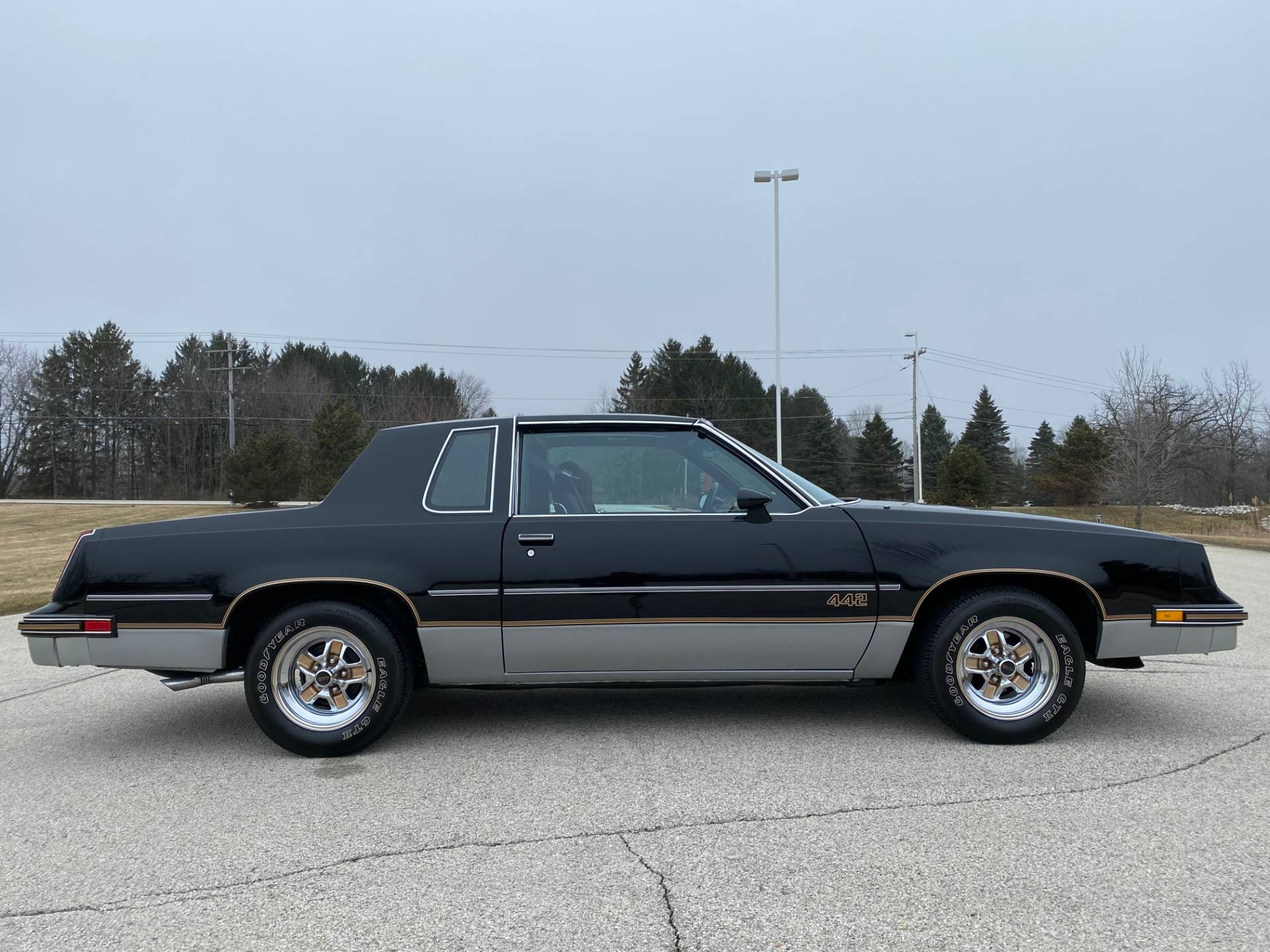 1985 Oldsmobile Cutlass Salon 442 in Big Bend, Wisconsin - Photo 141