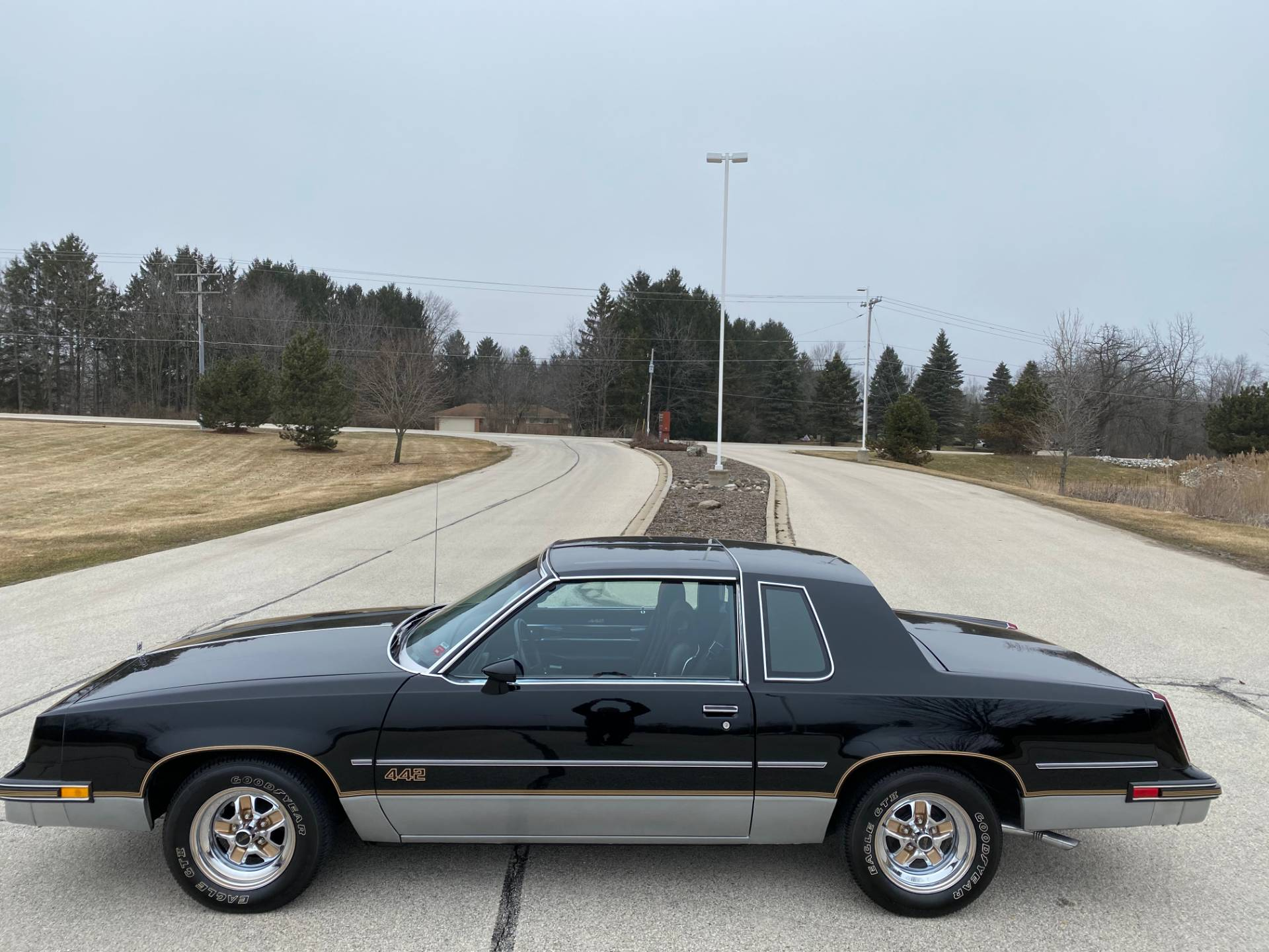 1985 Oldsmobile Cutlass Salon 442 in Big Bend, Wisconsin - Photo 127