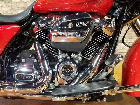 2017 Harley-Davidson Street Glide® Special in Big Bend, Wisconsin - Photo 10