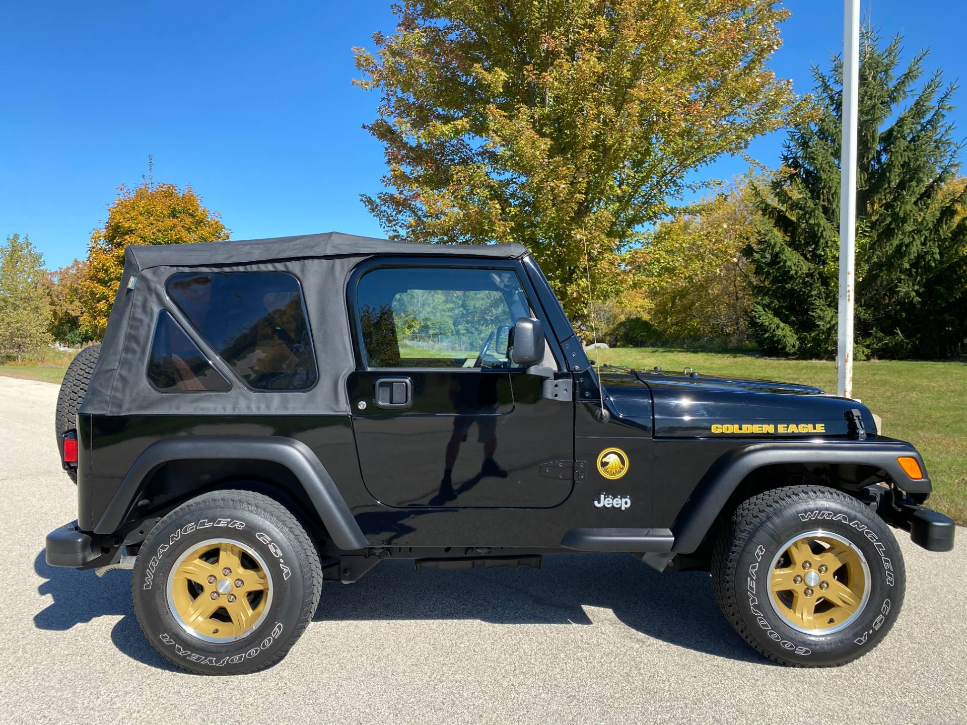 2006 Jeep® Wrangler Golden Eagle in Big Bend, Wisconsin - Photo 11