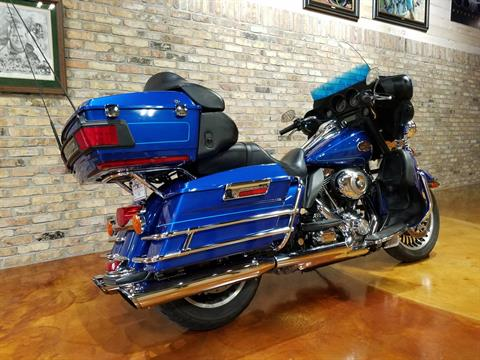 2010 Harley-Davidson Ultra Classic® Electra Glide® in Big Bend, Wisconsin - Photo 4