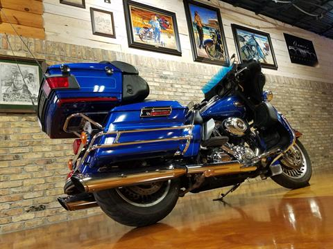 2010 Harley-Davidson Ultra Classic® Electra Glide® in Big Bend, Wisconsin - Photo 5
