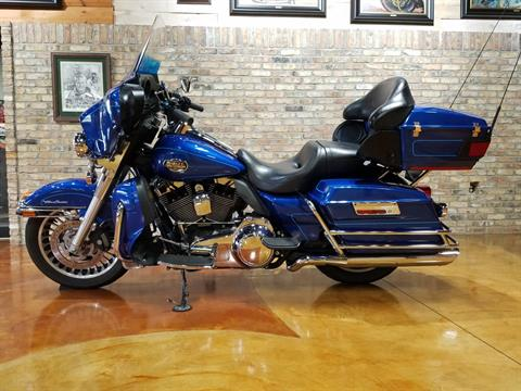 2010 Harley-Davidson Ultra Classic® Electra Glide® in Big Bend, Wisconsin - Photo 31