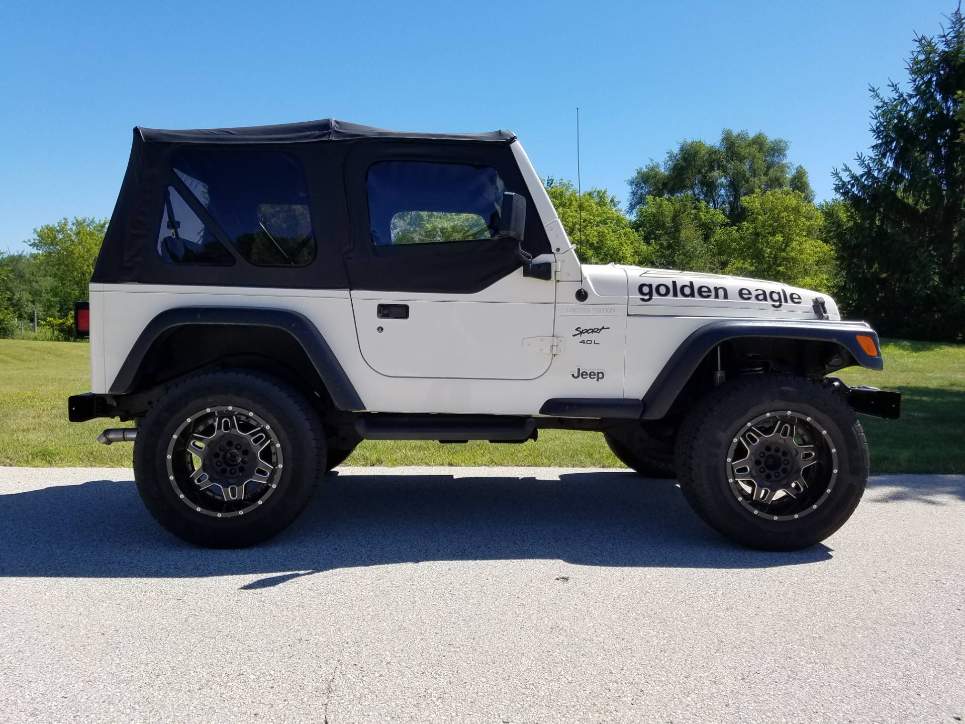 1999 Jeep® Wrangler Sport in Big Bend, Wisconsin - Photo 2