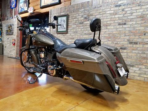 2014 Harley-Davidson CVO™ Road King® in Big Bend, Wisconsin - Photo 31
