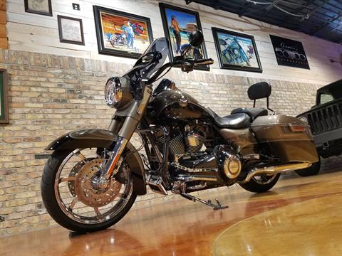 2014 Harley-Davidson CVO™ Road King® in Big Bend, Wisconsin - Photo 33