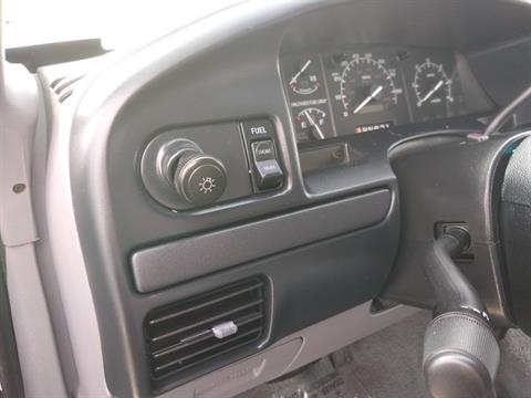 1996 Ford F250 SuperCab 4 x 4 in Big Bend, Wisconsin - Photo 30