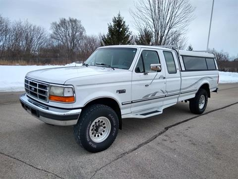 1996 Ford F250 SuperCab 4 x 4 in Big Bend, Wisconsin - Photo 136