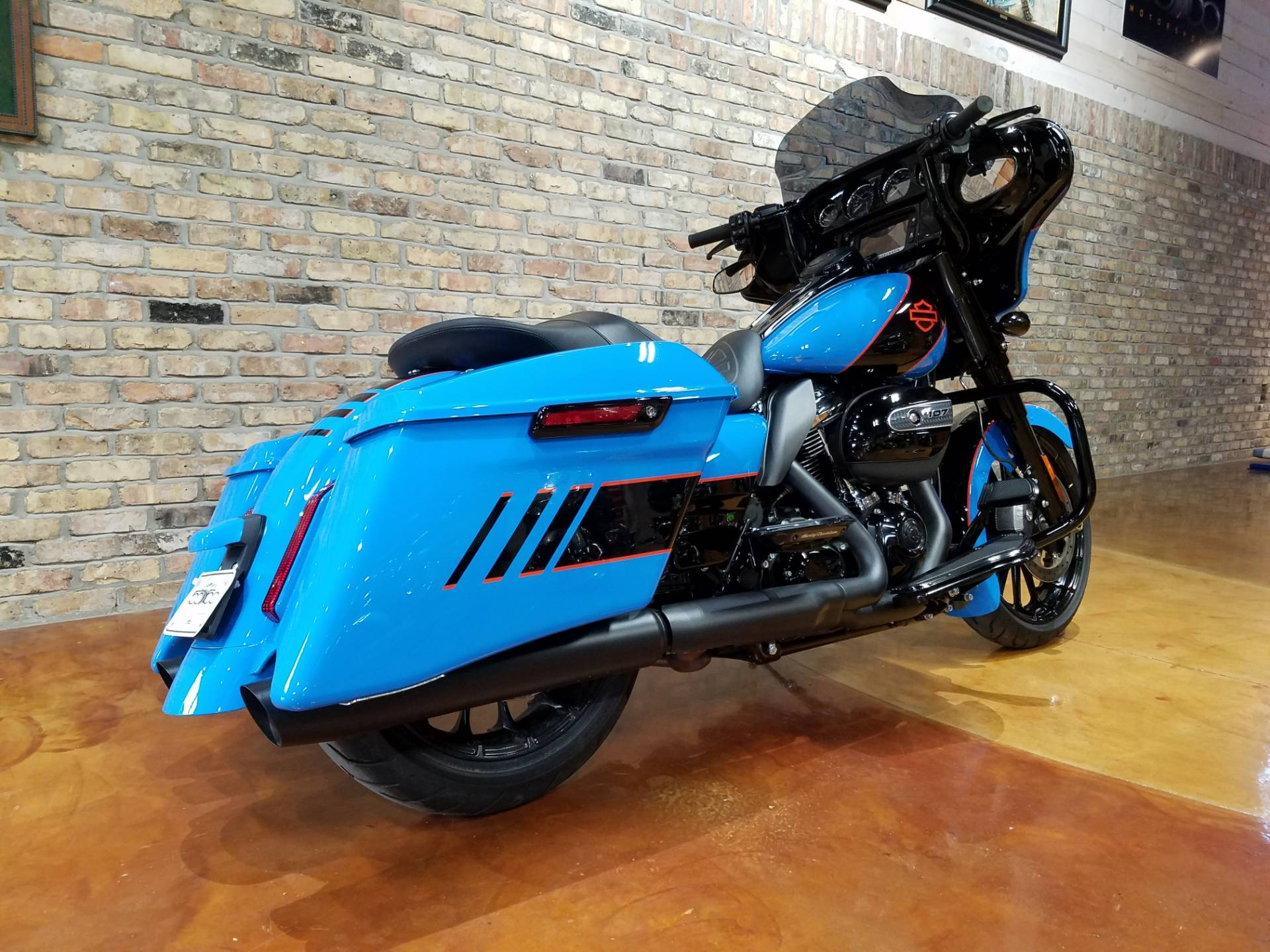 2018 Harley-Davidson FLHXS Street Glide Special in Big Bend, Wisconsin - Photo 3