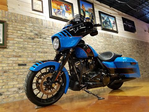 2018 Harley-Davidson FLHXS Street Glide Special in Big Bend, Wisconsin - Photo 32