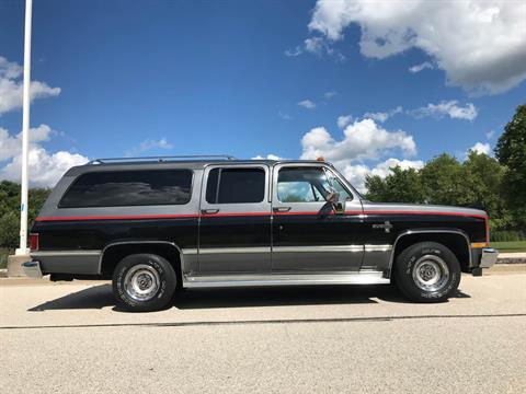1987 Chevrolet Suburban Silverado in Big Bend, Wisconsin - Photo 29