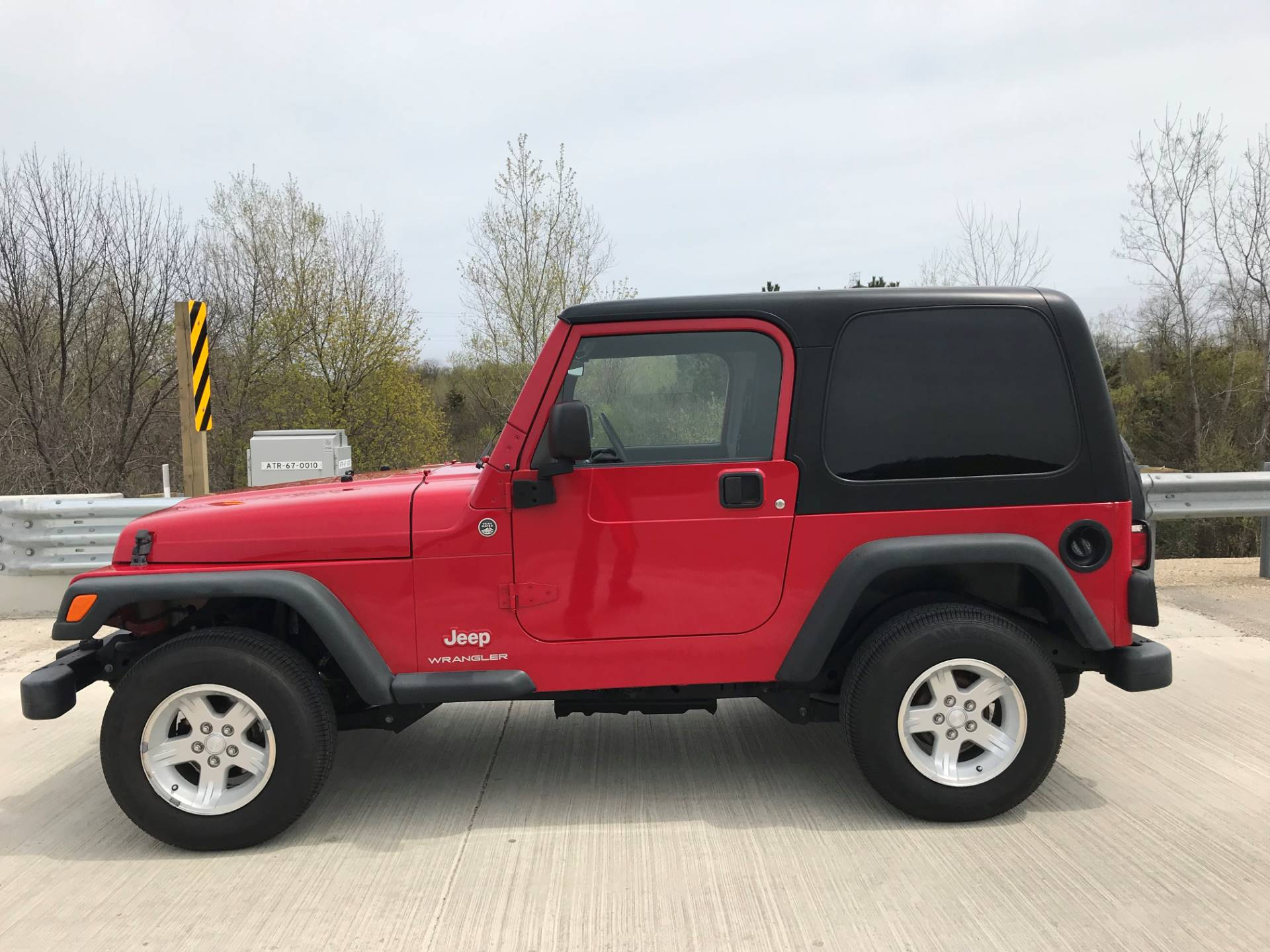 2006 Jeep Wrangler Sport in Big Bend, Wisconsin - Photo 2