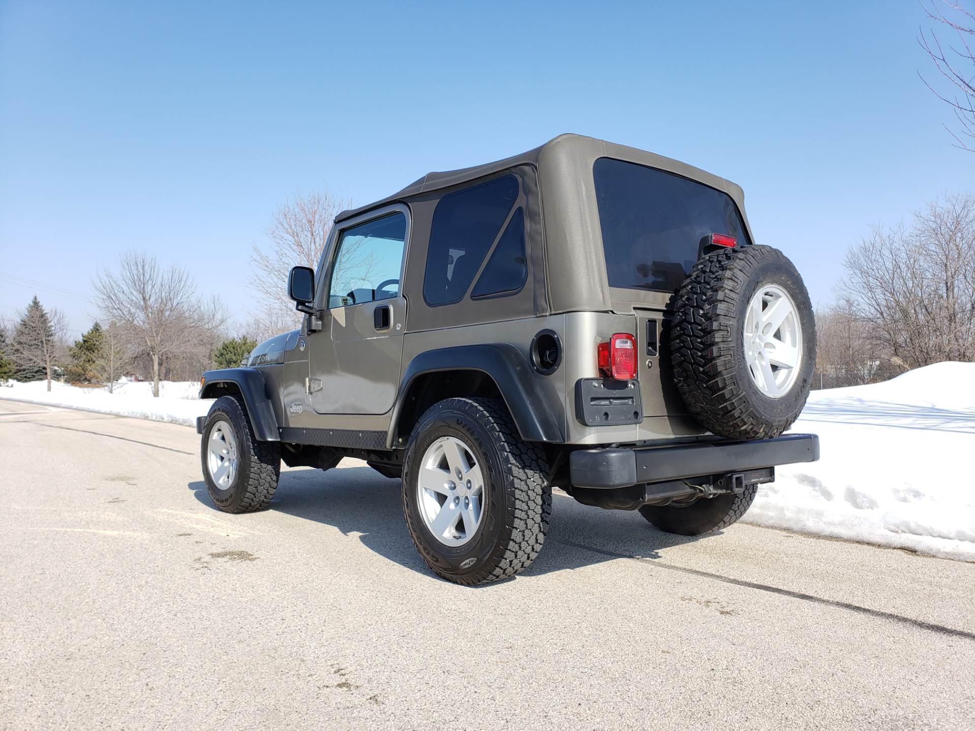 2006 Jeep Wrangler Rubicon in Big Bend, Wisconsin - Photo 17