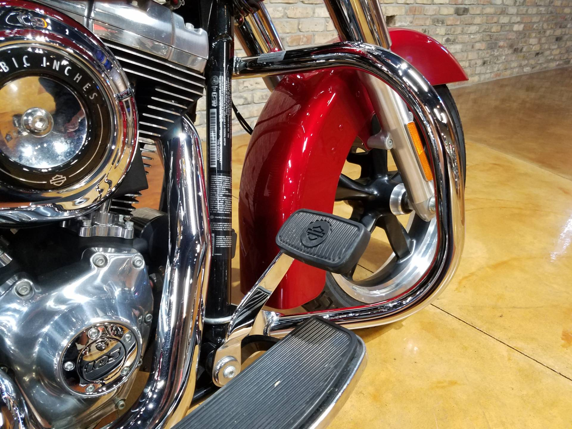 2012 Harley-Davidson Dyna® Switchback in Big Bend, Wisconsin - Photo 13