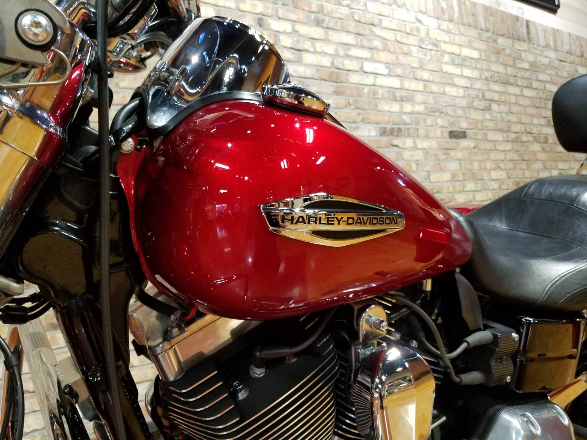 2012 Harley-Davidson Dyna® Switchback in Big Bend, Wisconsin - Photo 35
