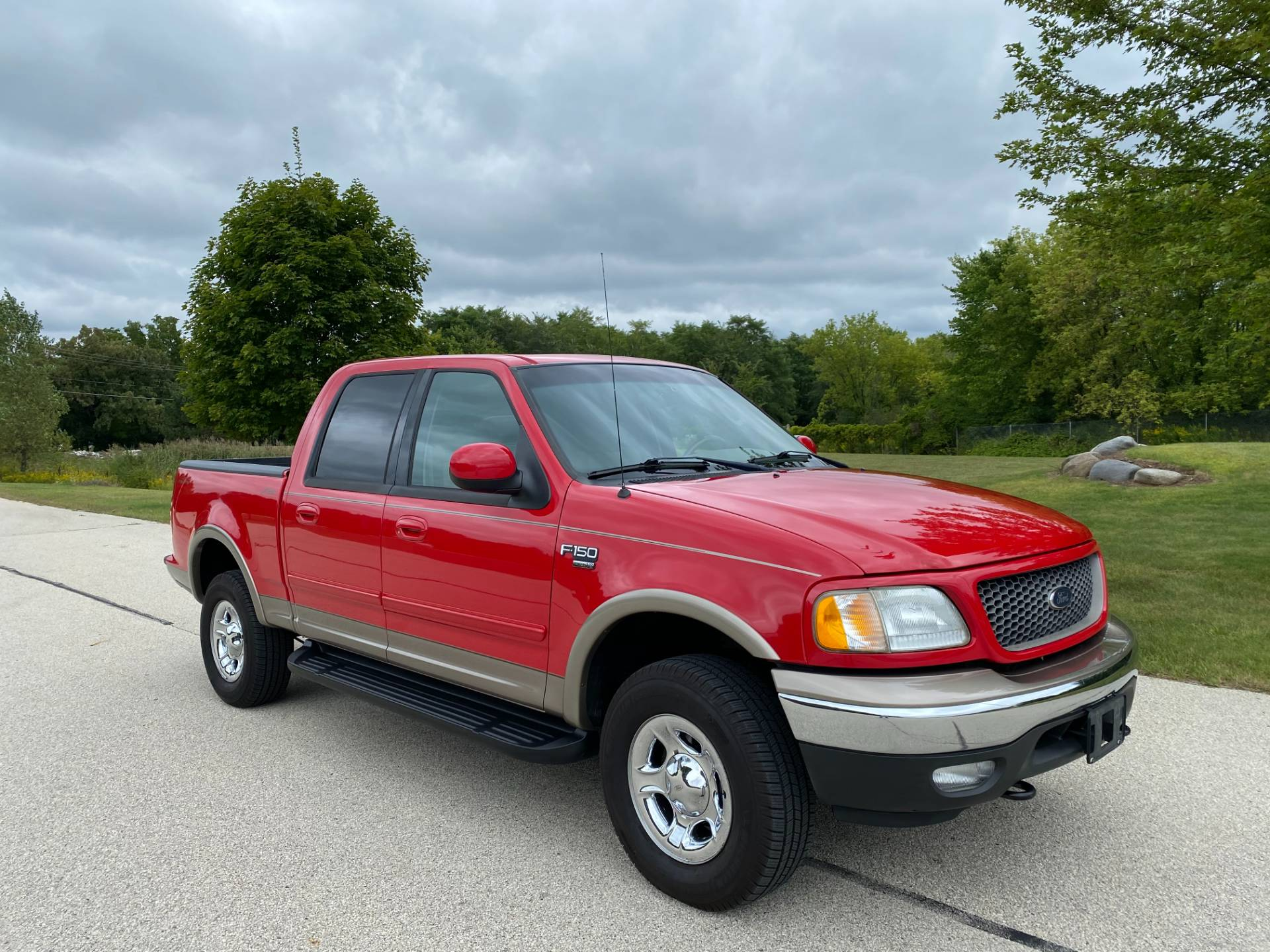 2003 Ford F-150 Lariat SuperCrew in Big Bend, Wisconsin - Photo 6