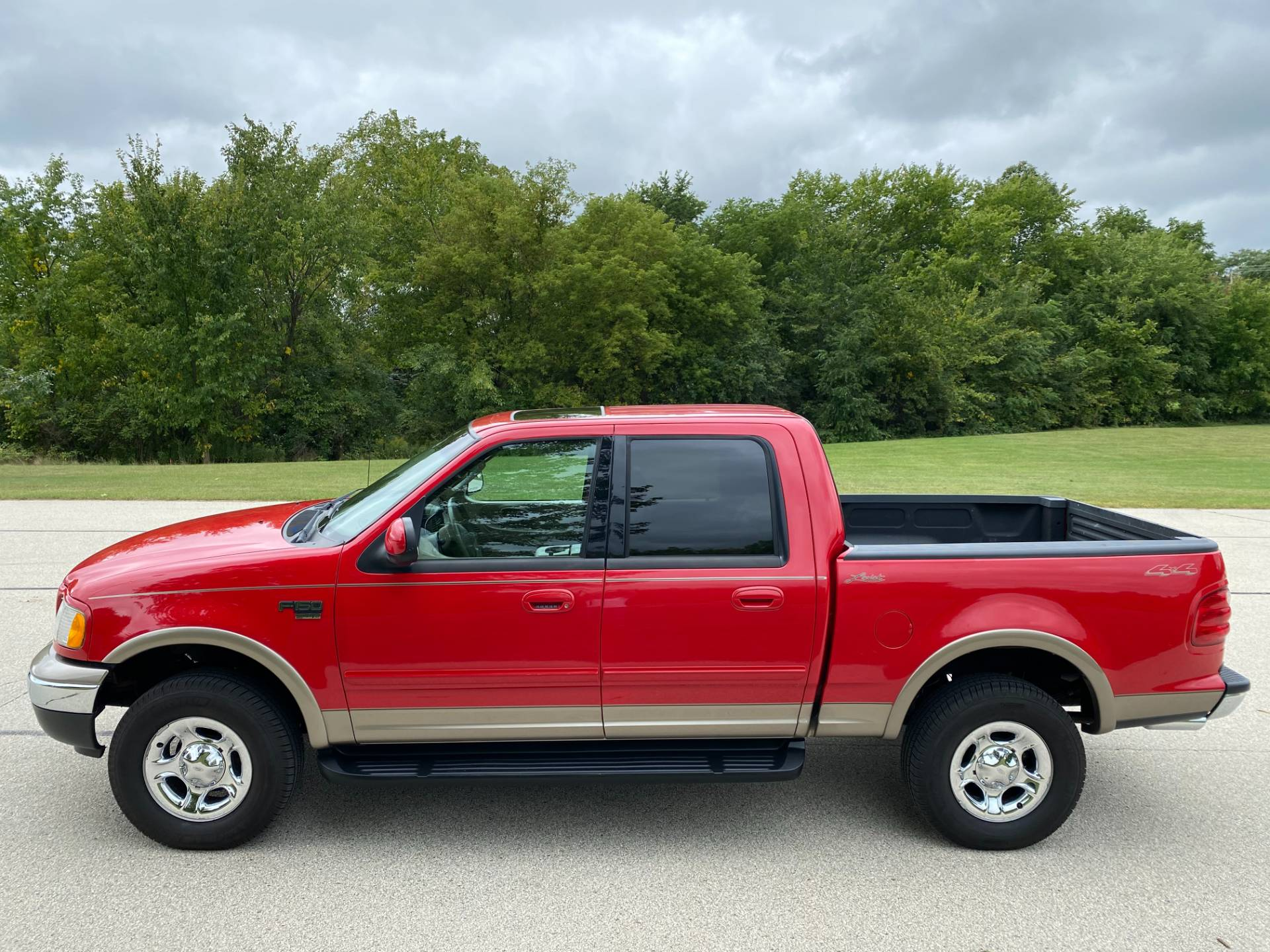 2003 Ford F-150 Lariat SuperCrew in Big Bend, Wisconsin - Photo 30
