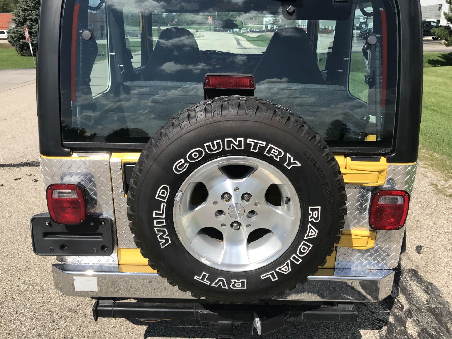 2001 Jeep WRANGLER SPORT in Big Bend, Wisconsin - Photo 4