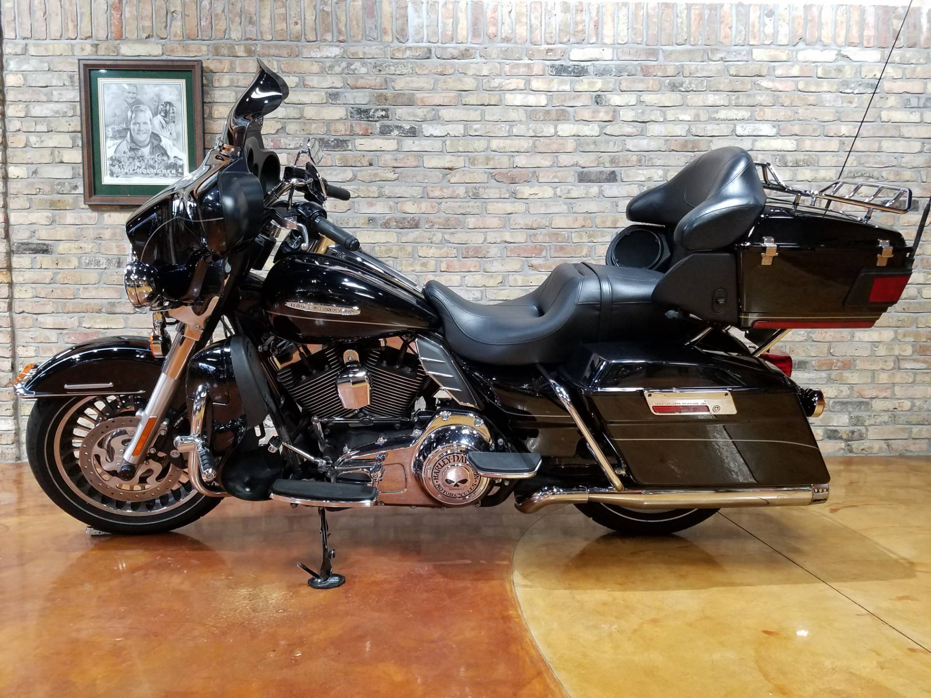 2013 Harley-Davidson Electra Glide® Ultra Limited in Big Bend, Wisconsin - Photo 2