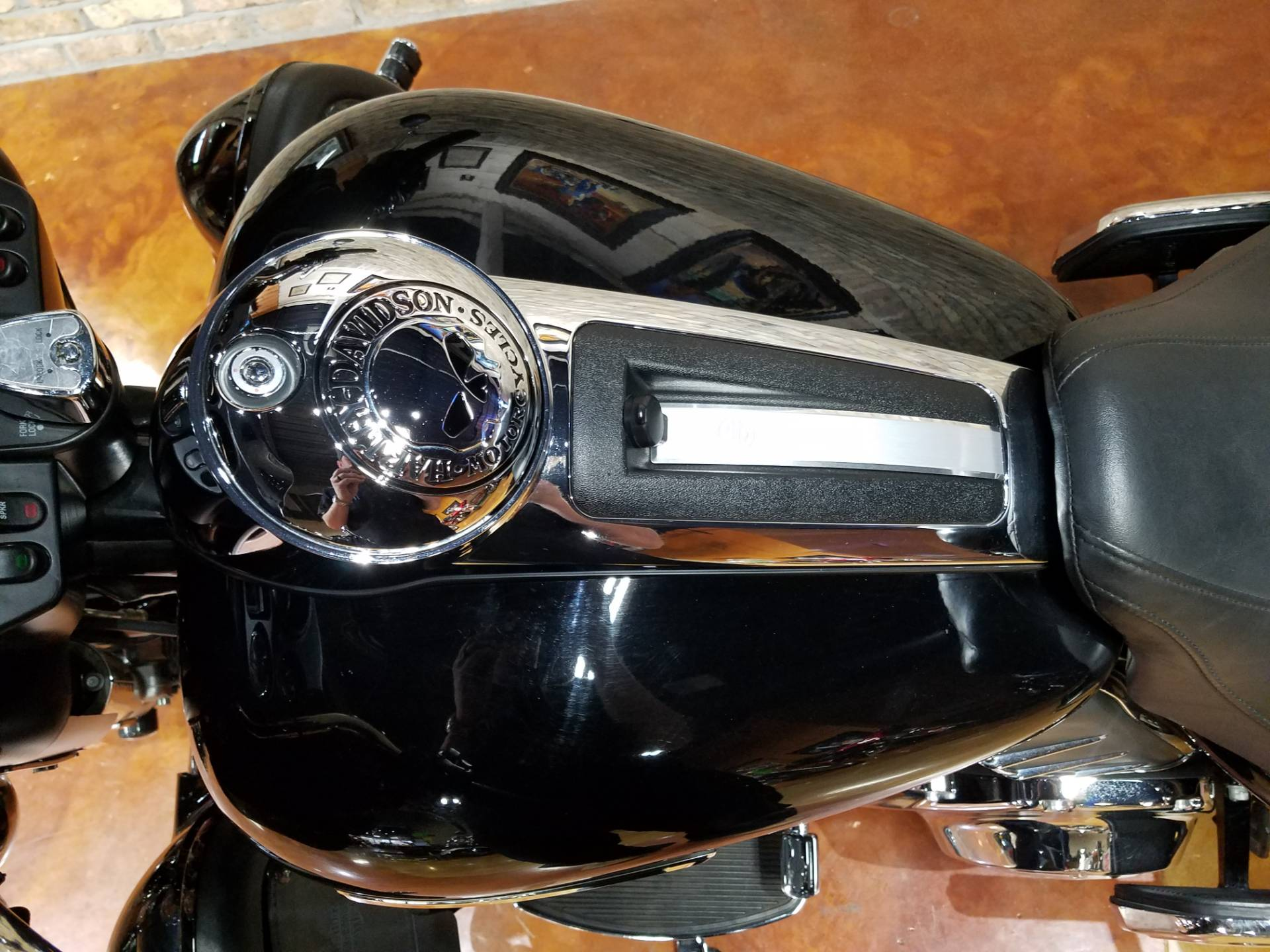 2013 Harley-Davidson Electra Glide® Ultra Limited in Big Bend, Wisconsin - Photo 27