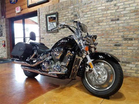 2007 Honda VTX™1300R in Big Bend, Wisconsin - Photo 2