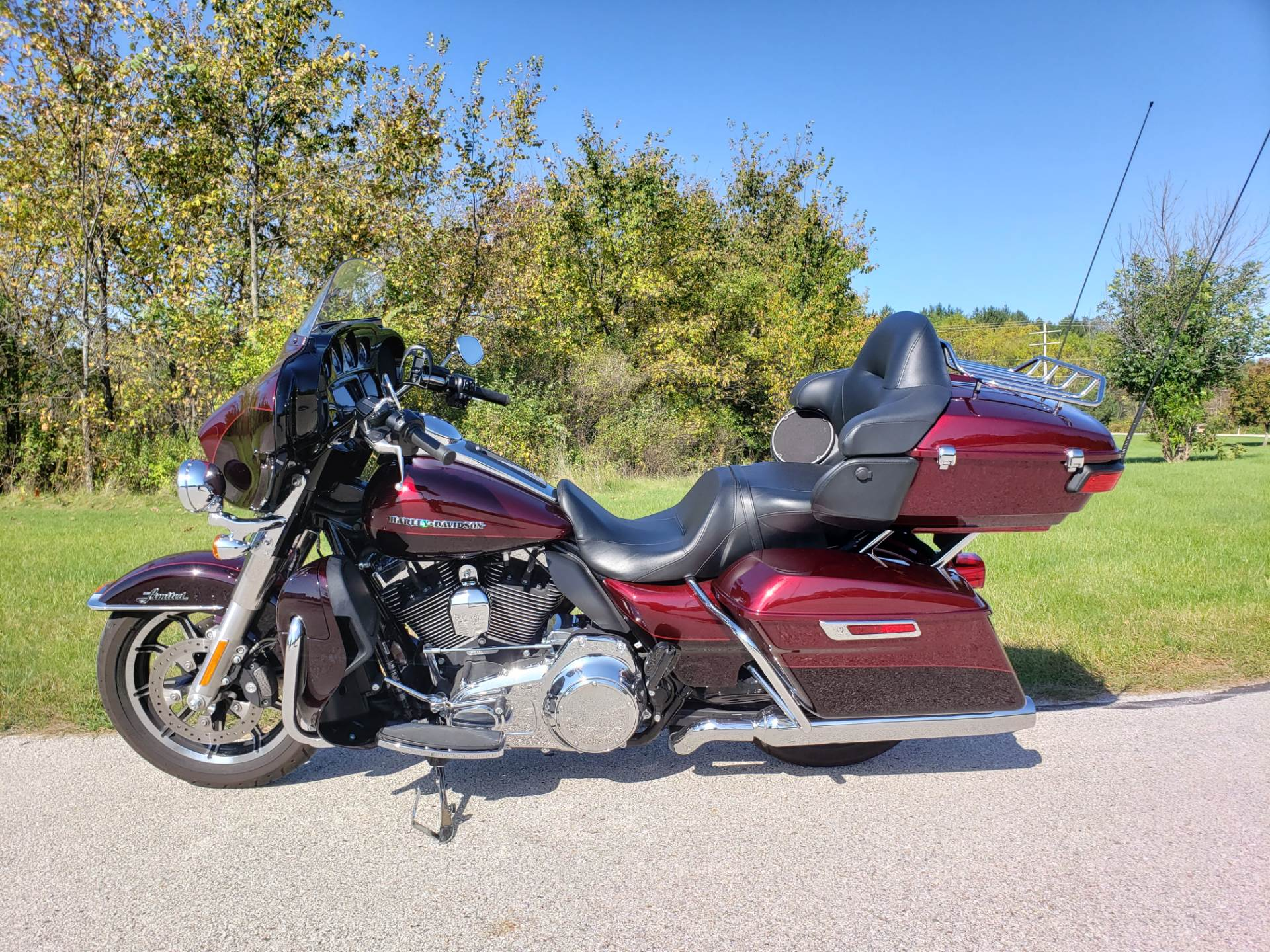 2015 Harley-Davidson Ultra Limited Low in Big Bend, Wisconsin - Photo 9