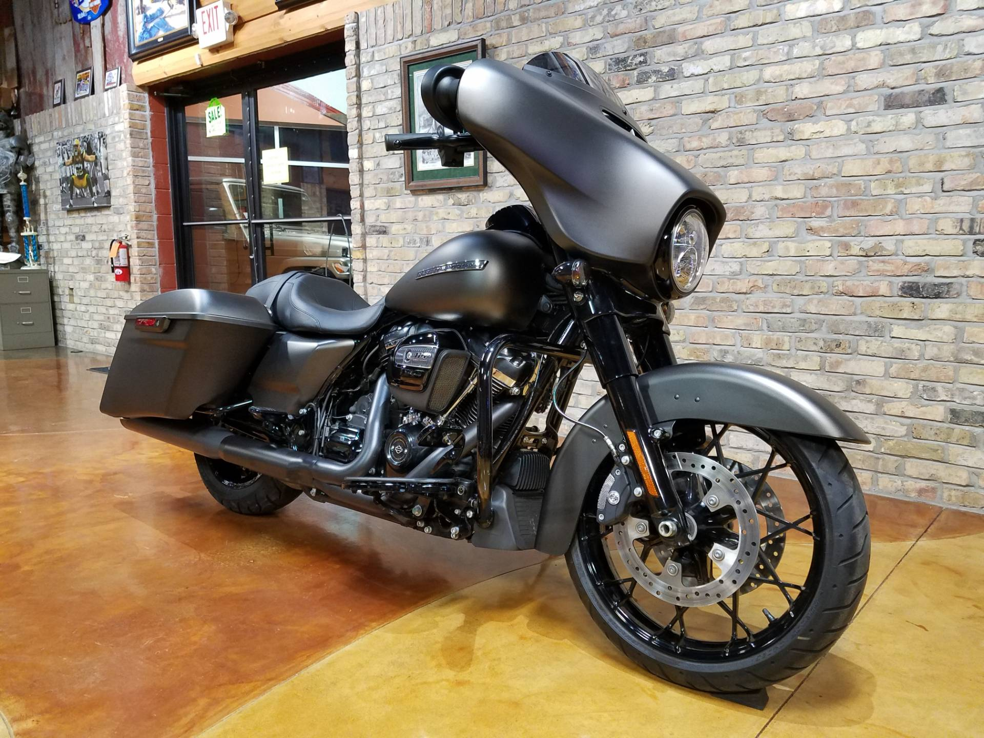 2020 Harley-Davidson Street Glide® Special in Big Bend, Wisconsin - Photo 2