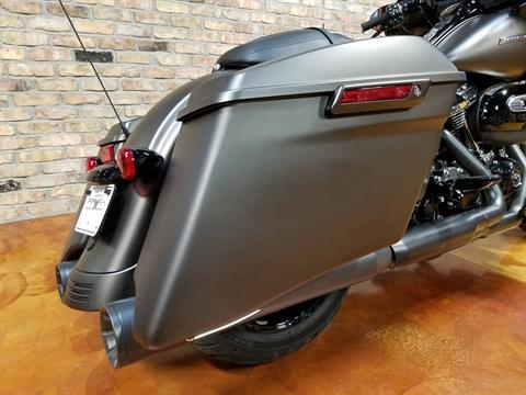 2020 Harley-Davidson Street Glide® Special in Big Bend, Wisconsin - Photo 5