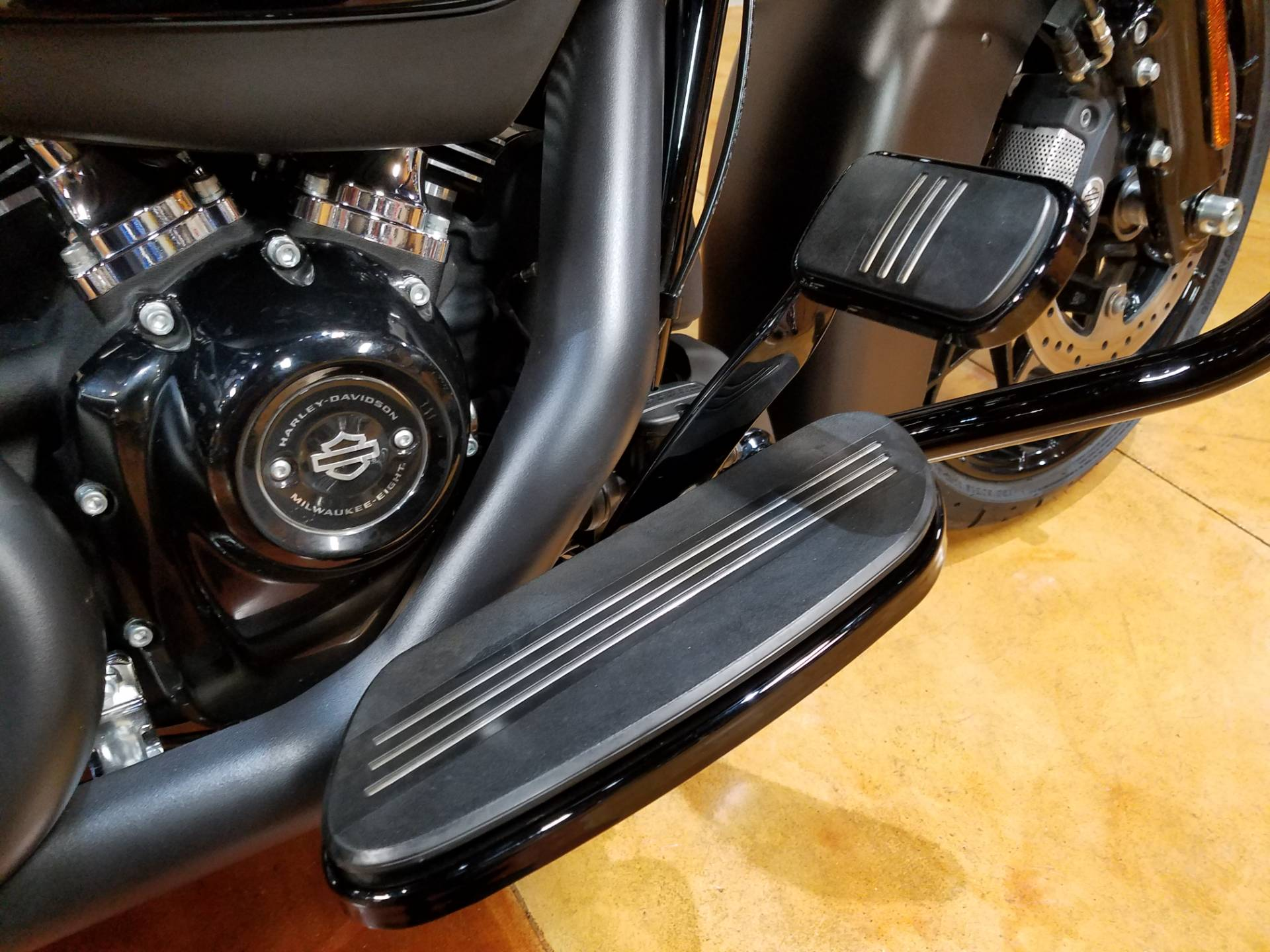 2020 Harley-Davidson Street Glide® Special in Big Bend, Wisconsin - Photo 13