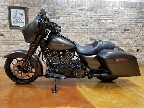 2020 Harley-Davidson Street Glide® Special in Big Bend, Wisconsin - Photo 28