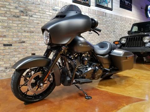 2020 Harley-Davidson Street Glide® Special in Big Bend, Wisconsin - Photo 30