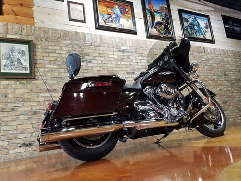 2011 Harley-Davidson Street Glide® in Big Bend, Wisconsin - Photo 5