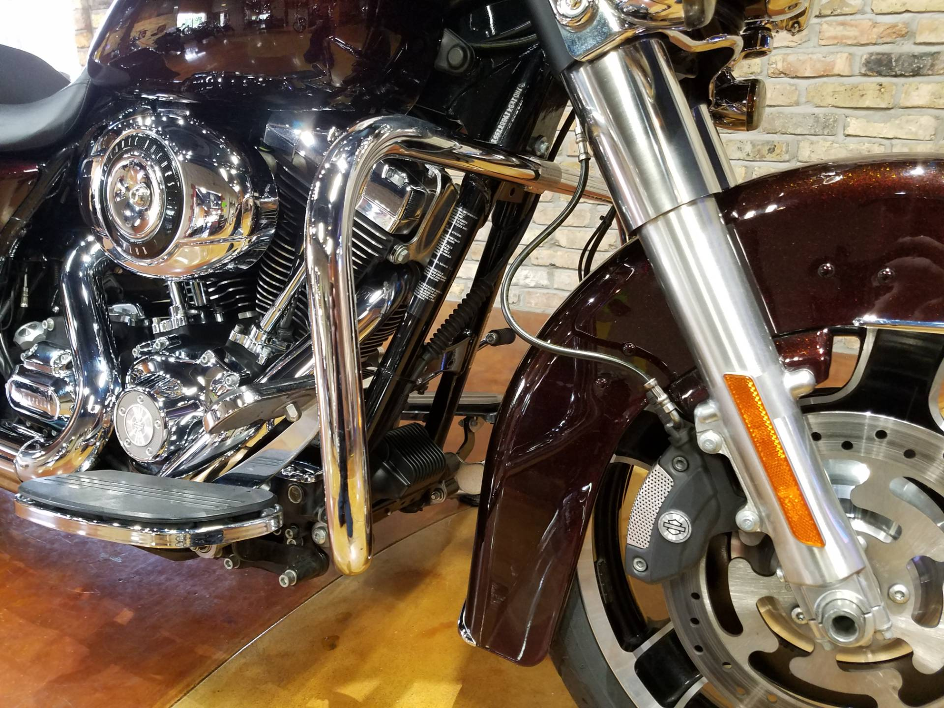 2011 Harley-Davidson Street Glide® in Big Bend, Wisconsin - Photo 15